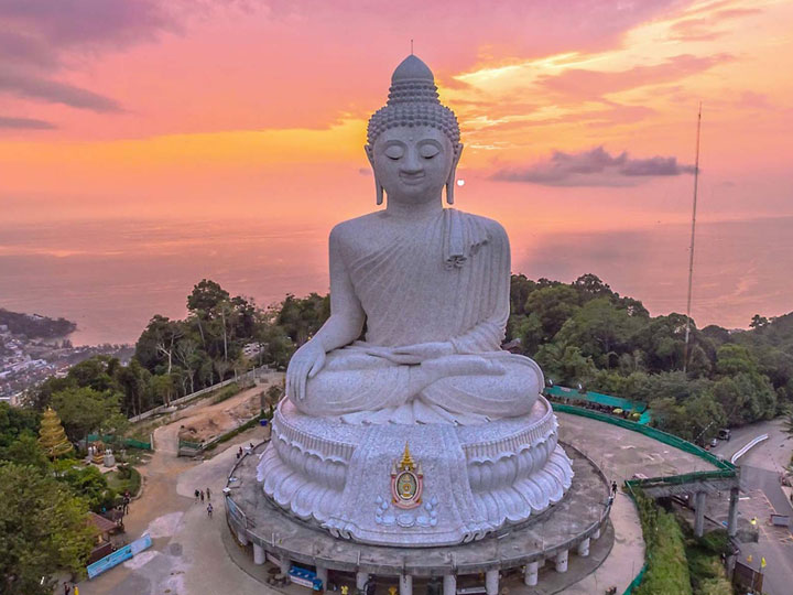 Sunsuri Phuket Статуя Большого Будды