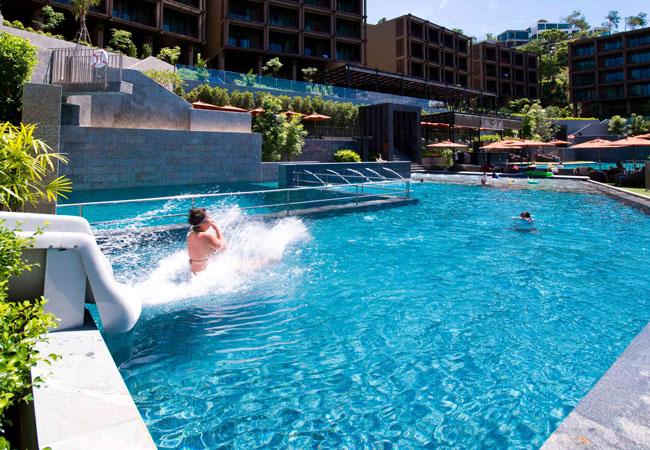 бассейн Sunsuri Phuket Resort
